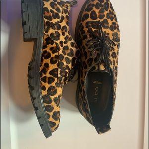 Soulier léopard